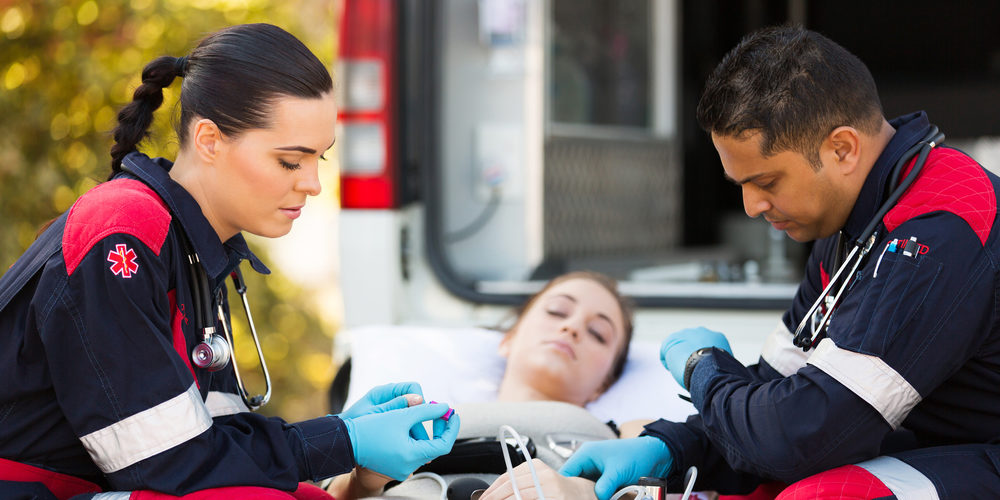 how to become an emt in houston - a complete guide
