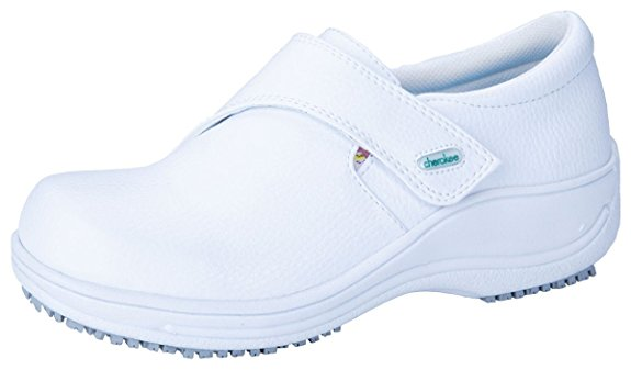e8f3e2117e9 Top 17 Most Comfortable Cherokee Nursing Shoes   CareerCrawlers.com